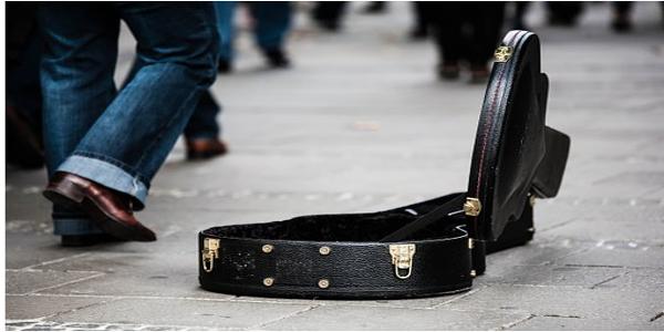 Street Musician 600x300
