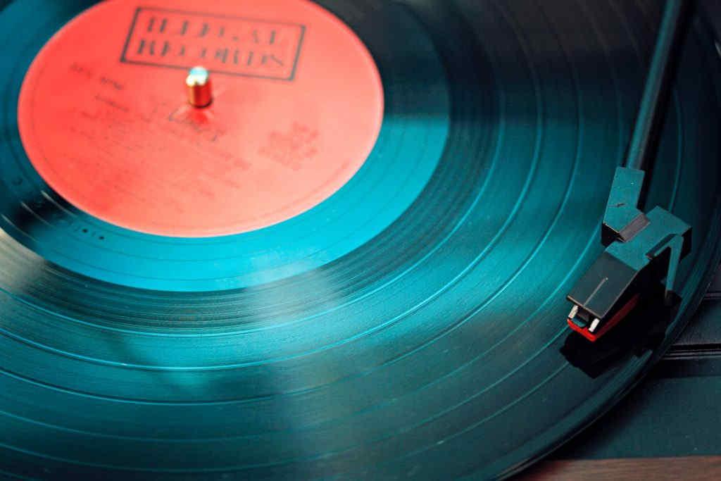 Retro Music - Photo-by-Elviss-Railijs-Bitāns-from-Pexels
